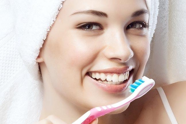 Da li pravilno pereš zube?