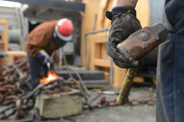 Prvo, pre svega – zaštitna oprema za svakog radnika!