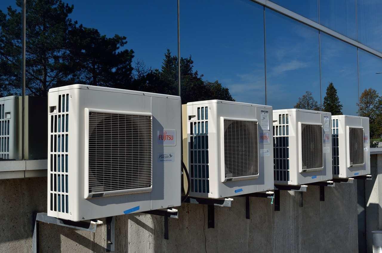 air-conditioner-1185041_1280-compressed