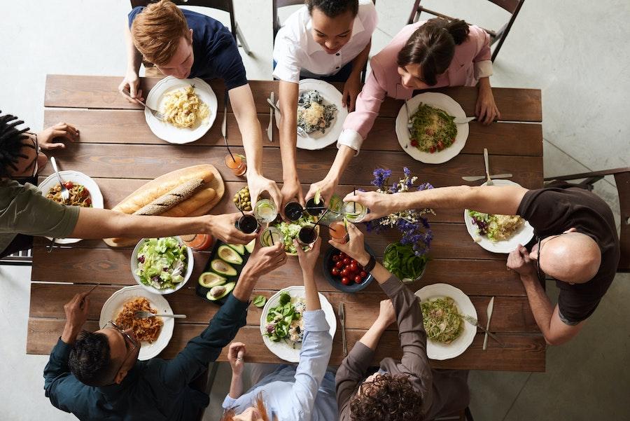 Priprema hrane za proslave: Kako se organizovati bez stresa